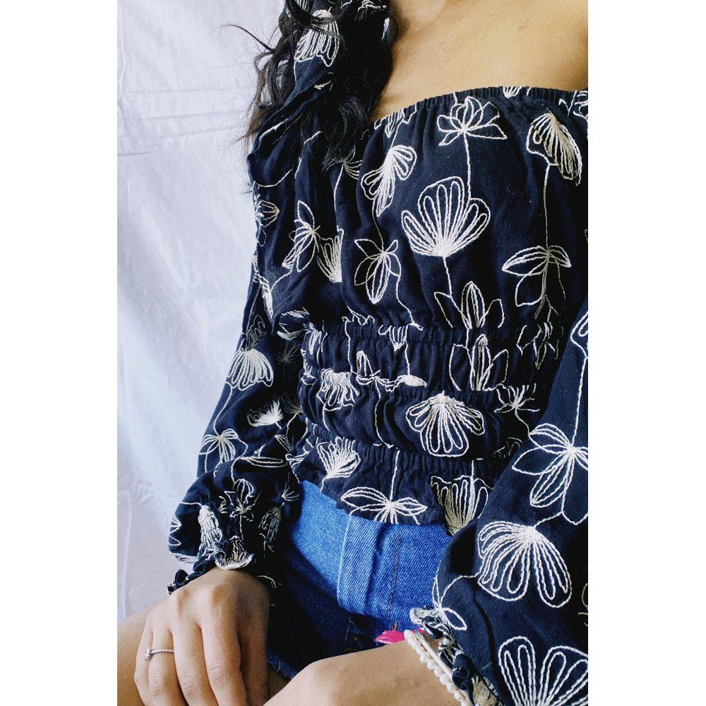 blusa-manga-floral-bordado