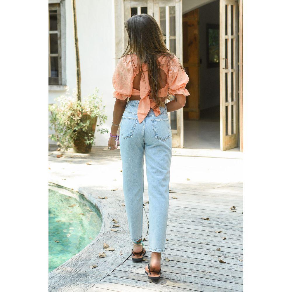 calca-mom-jeans-claro